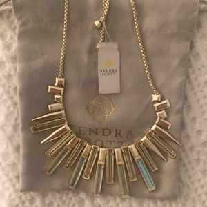 Kendra Scott NWT Louise Color Bar Necklace